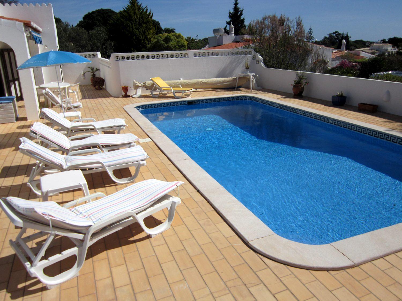 Moradia v3 com piscina privada e ar condicionado em carvoeiro for Piscina privada